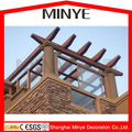 De aluminio de revestimiento de marco de madera cubierta plana en toda la temporada terraza acristalada