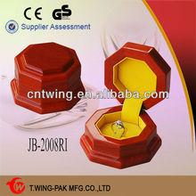 Round shape china handmade velvet lined wood diamond ring box engagement