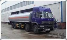HOWO 8x4 chemical liquid tanker truck
