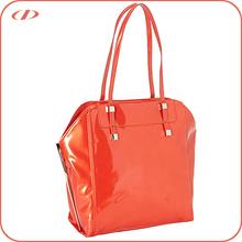 Shiny patent trendy women's pu handbag