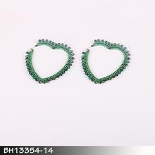 Antique classic engagement 18 karat gold earring