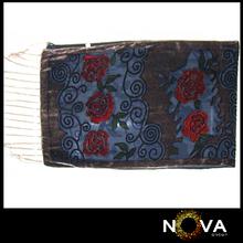 Whole Sale Flower Pattern Women Scarfs Velvet Women's Ponchos And Capes