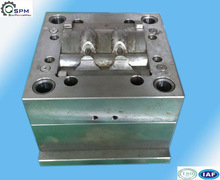 precision plastic injection mold maker production
