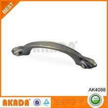 2014 Hot-sale decorative Zamak furniture Pull Handle AK4088