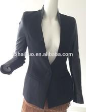 Onorevoli profondità V- maglia collo fit cappotto con maniche in pelle