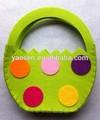 verde feltro cestino di pasqua con puntini