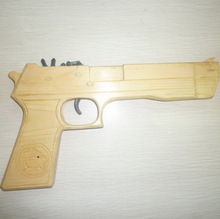 2014 newest fashion Wooden Carving toy gun with leopard on the apperance