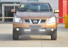 Nissan Qashqai daytime running light with E4 mark