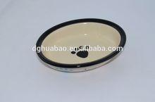 heart -shaped pet bowl