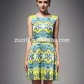 el último diseño de moda impresa una línea de vestido corto