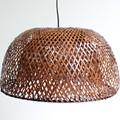 Lámparas de madera debambú y caña de Indias