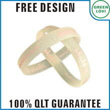 Free design Japan quality standard reflective silicone wristband
