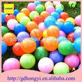 Balles de jeu en plastique bon marché pour étang aire de jeux, piscine