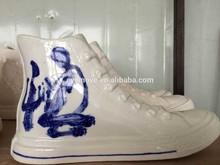 ceramic artwork display, shoe model ceramic display, decorative ceramic