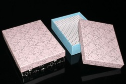 two piece pink paper towel box & gift box for towels