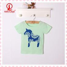 green children printing t shirts with cartoon printing