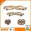 superior calidad de la cocina de latón antiguo armario manijas ak4142