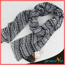 Christmas Snowflake Pattern Polyester Knitted Scarf