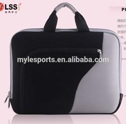 2014 fashionable elastic and durable neoprene laptop sleeve with handle