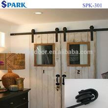Traditional Sliding Barn Doors Artfully Used in Interiors