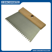 5mm Notched scraper with wooden handle, normal polished trapezoid blade/steel spreader