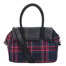 Classic plaid canvas bag with leather trims
