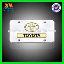 wholesale promotional zinc alloy square car badges toyota emblems (xdm-ph764)