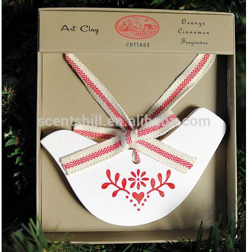 Promosyon toptan papatya/sedir ağacı/citron kokular hava spreyi asılı dekoratif sıva/seramik kuş taş