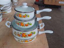 Ename pot and fry pan with bakelite handle