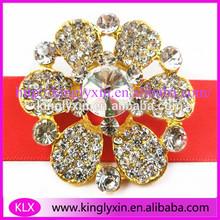 Beautiful ! Gold Flower rhinestone brooch for weeding