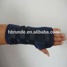Runde neoprene self-heated wrist wrap