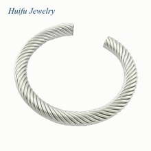 good at making steel alloy bangle