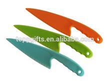 promotion cheap disposable plastic pizza cutter