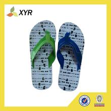 men digital printed logo rubber slippers/flip flops 2014