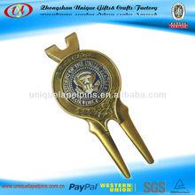 Personalized metal golf divot tool/golf ball marker hat clip divot tool
