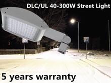 Professional Outdoor IP66 Luz de calle solar with DLC/UL/cUL Flexible design