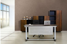 Electric sit to stand Adjustable Height Executive desk