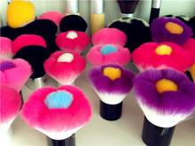 flower shape make up kabuki brush,short handle blush brush