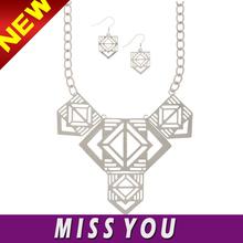 absolutely handmade sri lankan wedding necklace designs