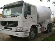 China Concrete Conveying Boom Pump