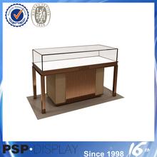 Free design hign end customized fashion store window display furniture