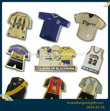 Colours of blackburn Cloth shape gold epoxy dome pin badge