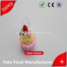 Plastic food wholesale mini cupcake pendant