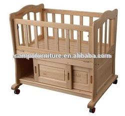 wooden baby cot/baby crib