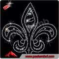 Plomo- libre de diamantes de imitación flor de lis de hierro con motivos para complementos de vestir camisetas y