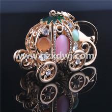 Diamond car key chain Lovely pumpkin car key chain Creative bag accessories