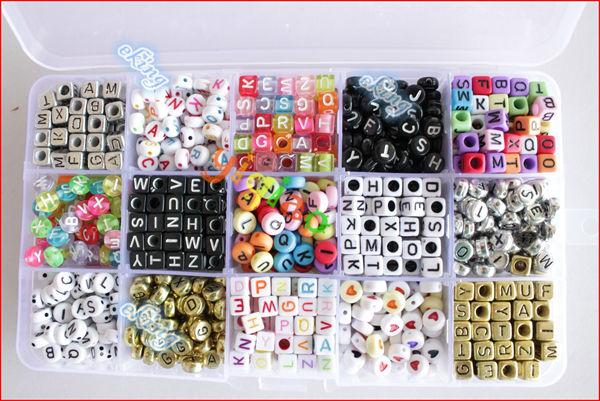 15 stilleri karışık plastik akrilik alfabe harfinden boncuk kuyumculuk 6*6 ve 4*7 boncuk