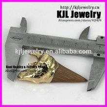 Gzkjl- ct0128 placcato in oro naturale denti di squalo, di grandi dimensioni ciondolo dente di squalo