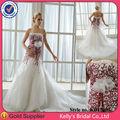 Hot vendre luxueux. fleur. célébration rouge et blanc robe de mariée 2014