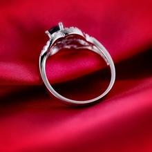 Women gender jewelry ring rose shaped diamond engagement ring